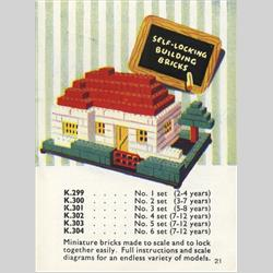 1932-1962 ~ K & F Prefix Ref. No's - K303 Self-Locking Building Bricks - Set 5 - 187 bricks (Large), 25 doors and windows - http://www.hilarypagetoys.com