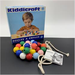 Kiddicraft France Products - K345 Boules a Enfiler - http://www.hilarypagetoys.com